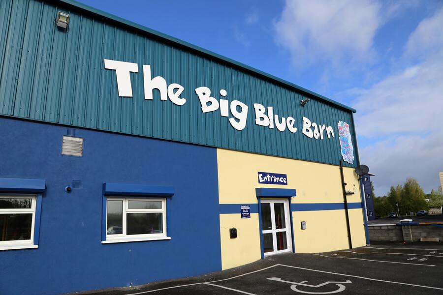 Big_Blue-Barn_Carlow0006 ample free car parking