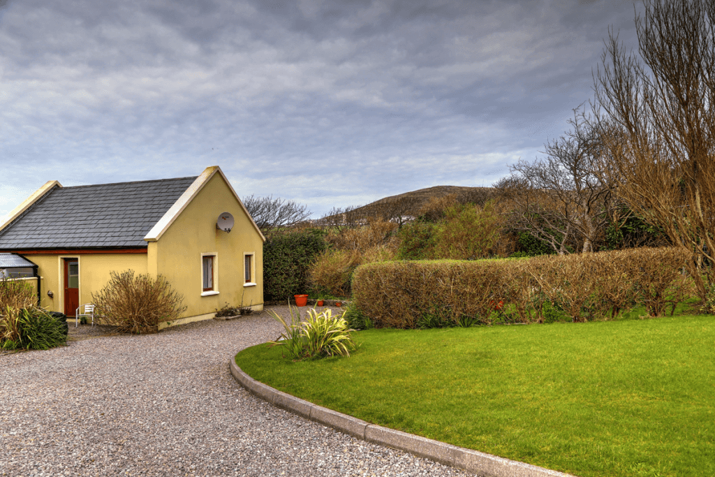ard_ide_house_dingle_0706_7_8_Balanced